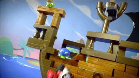 Angry Birds GO & Jenga Pirate Pig Attack