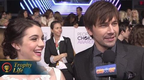 """""""Reign"""" Cast Reveals Romance Spoilers at People's Choice 2014!"""