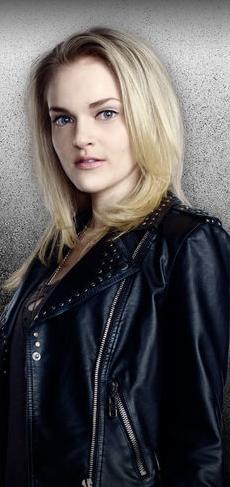 wiki Miranda Cates Season