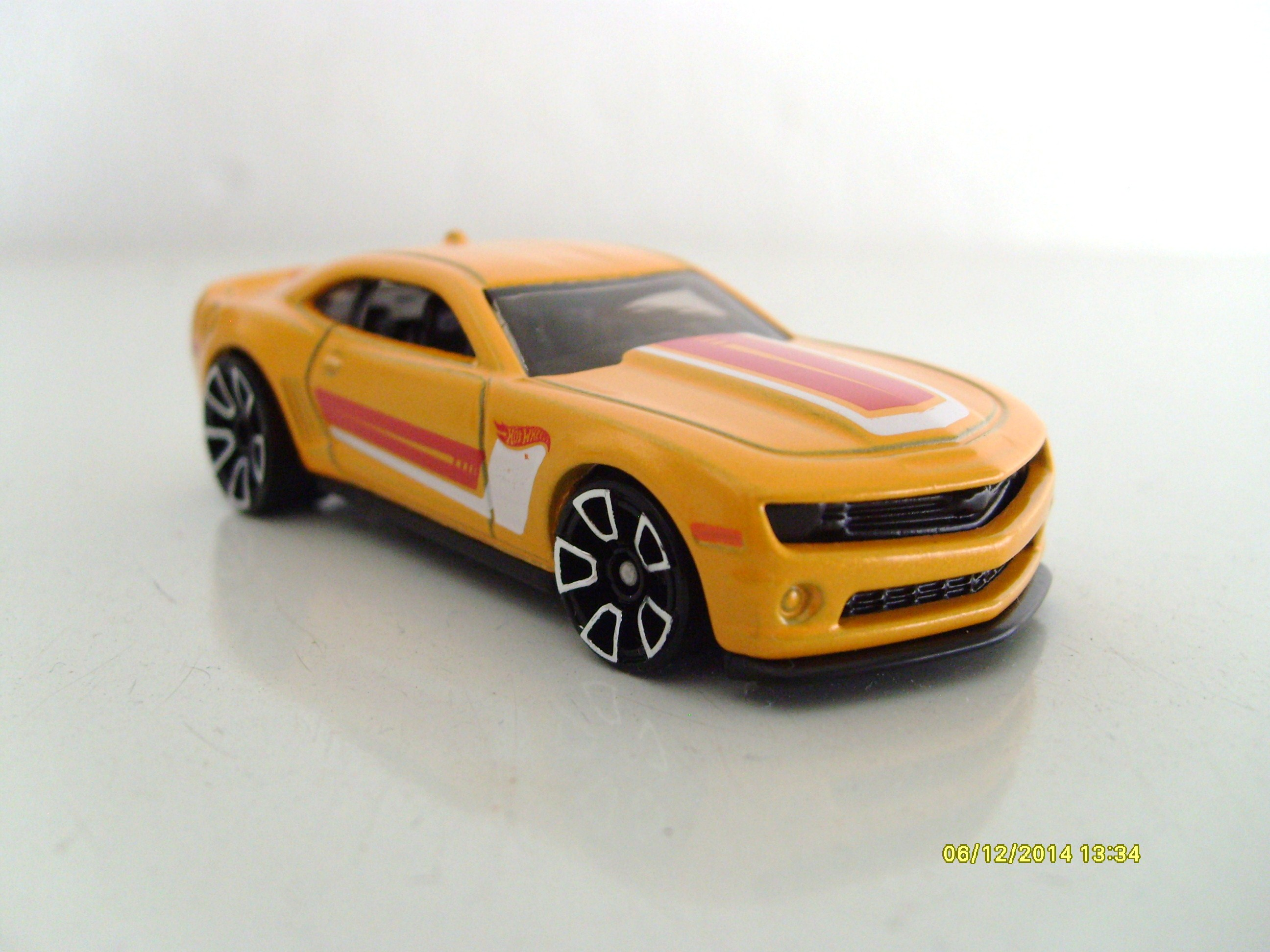 2013 hot wheels chevy camaro special edition hot wheels wiki. Black Bedroom Furniture Sets. Home Design Ideas