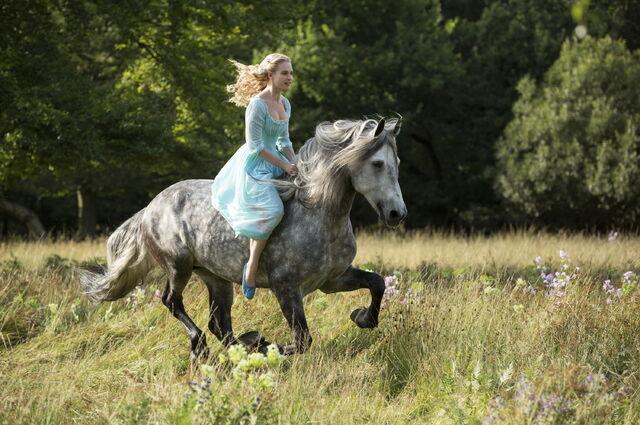 File:Hr Cinderella 1.jpg