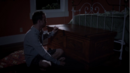 1x04 - Baúl.png