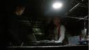 1x10 - Leonard y Mick discuten planes.png