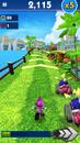 Sonic Dash Espio Gameplay.png