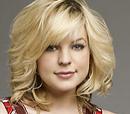 Maxie Jones (Kirsten Storms)