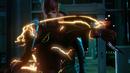 Barry salva a Oliver de dos bumeráns.png