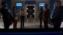 Rogue Air - Leonard y Lisa en STAR Labs con el Equipo Flash.png