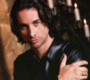 Stephen Clay (Michael Easton)