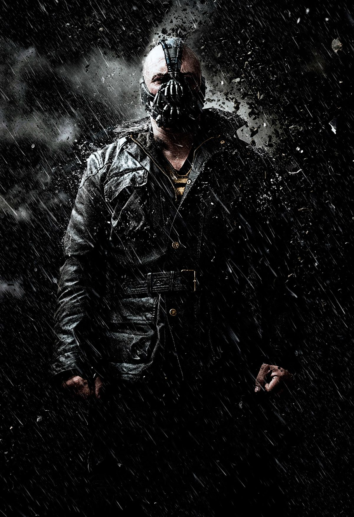 http://img2.wikia.nocookie.net/__cb20120527000806/dcmovies/images/9/95/DKR_Bane2.jpg