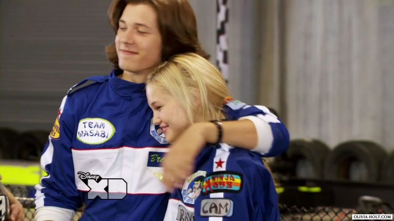 Fotos De Olivia Holt are olivia holt and leo howard dating in real life | odessance
